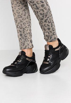 JOG  - Baskets basses - black