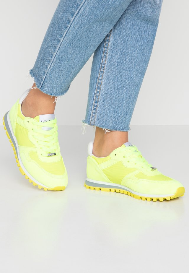 Sneakersy niskie - yellow neo