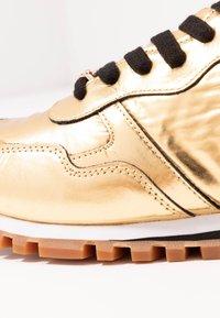 Liu Jo Jeans - Baskets basses - gold - 2