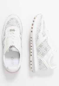 Liu Jo Jeans - Zapatillas - white - 3