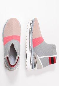 Liu Jo Jeans - MAXI - Vysoké tenisky - pink/grey - 3