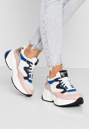 JOG - Trainers - white/nude
