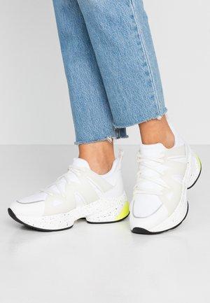 JOG - Trainers - white