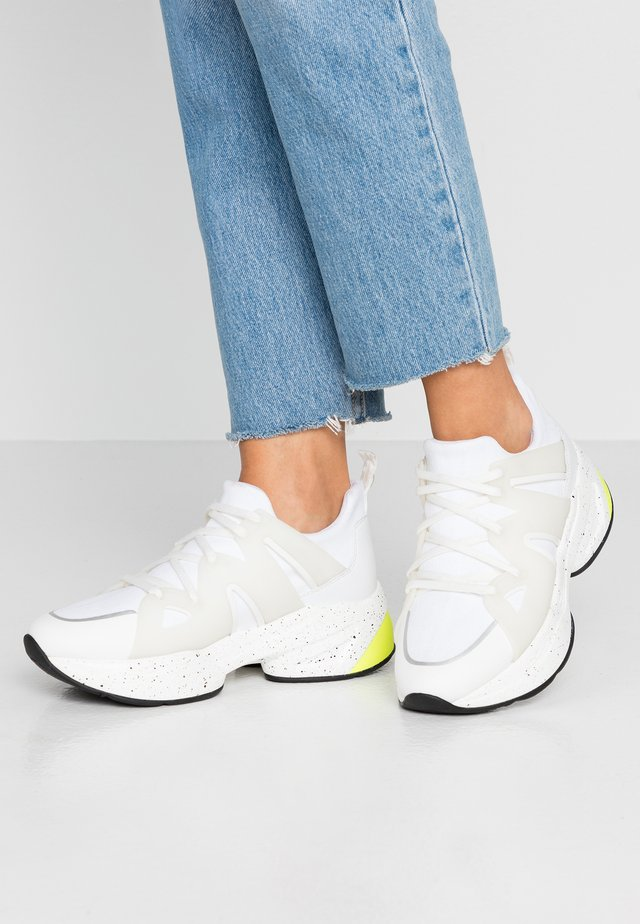 JOG - Trainers - white
