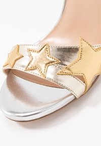 Liu Jo Jeans - CLAIRE - High heeled sandals - light gold/silver - 2