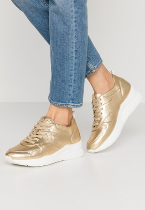 KARLIE - Trainers - gold