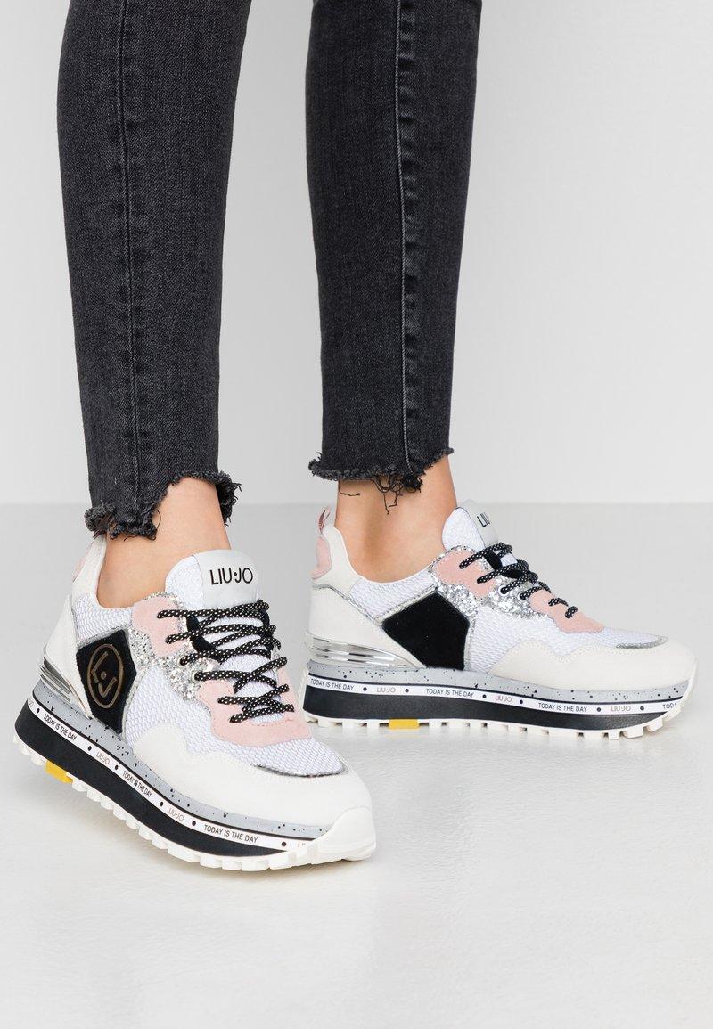 Liu Jo Jeans - MAXI - Sneakersy niskie - white