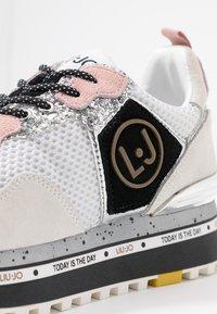 Liu Jo Jeans - MAXI - Sneakersy niskie - white - 2
