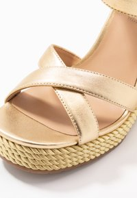 Liu Jo Jeans - LUCY  - High heeled sandals - gold - 2
