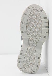 Liu Jo Jeans - WAVE - Platform sandals - black - 6