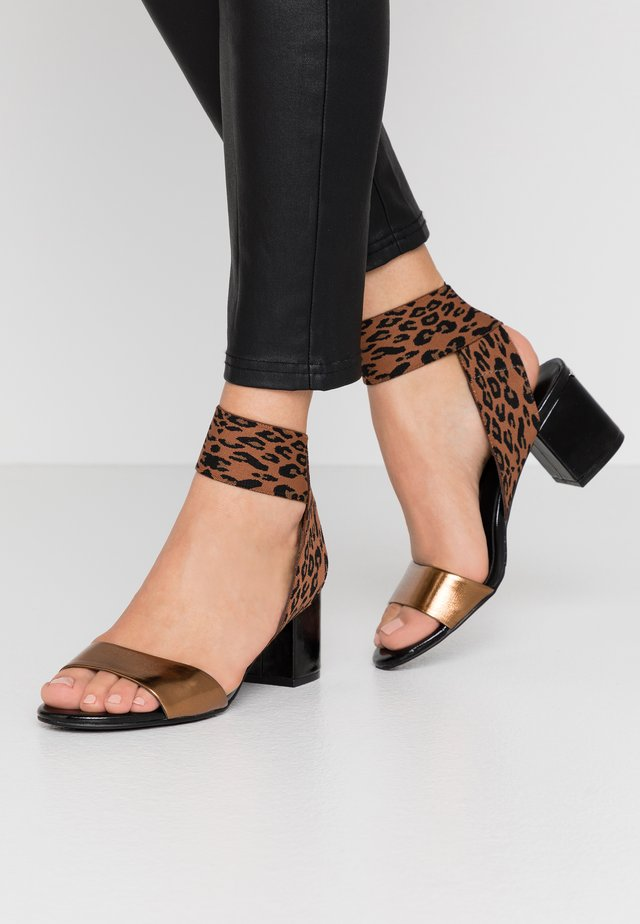 THELMA  - Sandals - brass