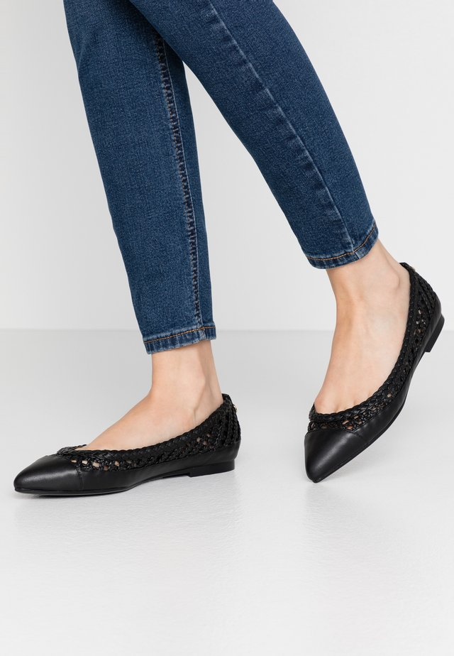 GINGER  - Ballet pumps - black