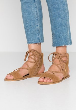 THEA  - Ankle cuff sandals - tan