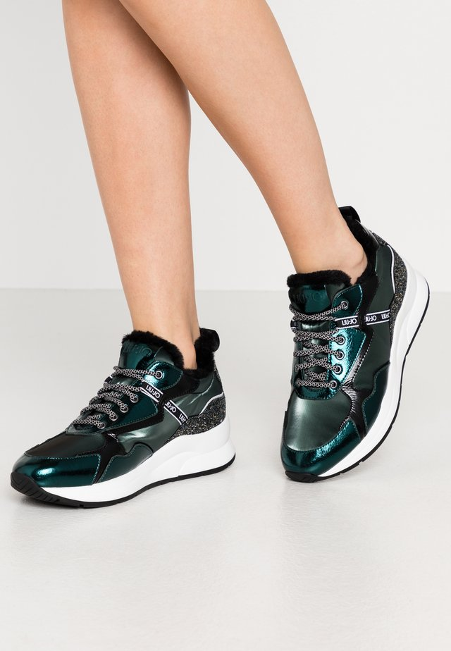 KARLIE - Trainers - forest green