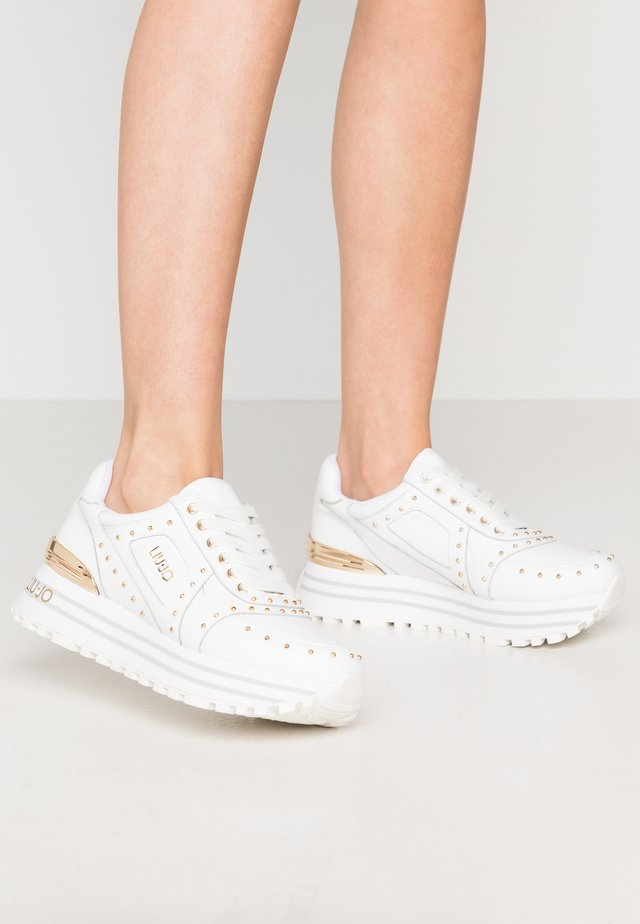 MAXI - Trainers - white