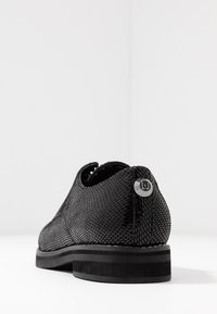 Liu Jo Jeans - TAYLOR - Snøresko - black - 5