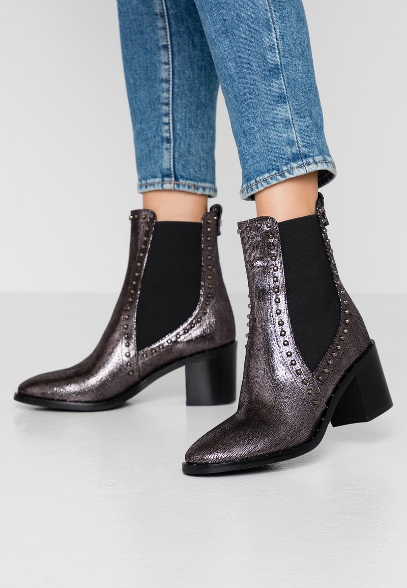 Liu Jo Jeans - OLIVIA - Classic ankle boots - pewter