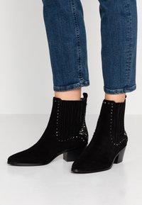 Liu Jo Jeans - BONNIE - Støvletter - black - 0