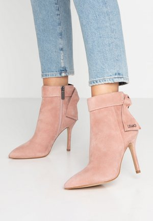 BEA - High heeled ankle boots - blush