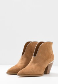 Liu Jo Jeans - JADE - Ankle boot - tan - 4