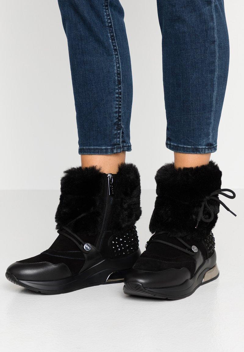 Liu Jo Jeans - KARLIE - Snørestøvletter - black