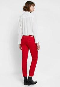 Liu Jo Jeans - MONROE - Pantaloni - feel rouge - 2