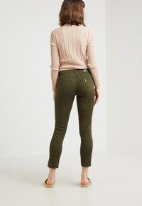 Liu Jo Jeans - MONROE - Pantalon classique - khaki - 2