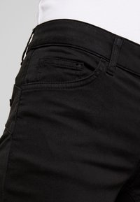 Liu Jo Jeans - UP BEAT - Pantalones - nero - 4