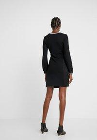 Liu Jo Jeans - ABITO FELPA - Vestito di maglina - nero - 3