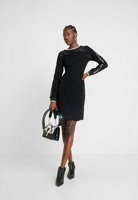 Liu Jo Jeans - ABITO FELPA - Jerseyklänning - nero - 2