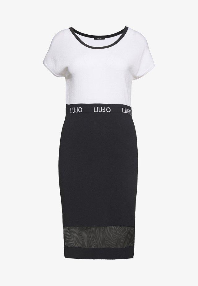 ABITO MAGLIA - Sukienka etui - ottico/nero