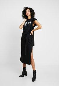 Liu Jo Jeans - ABITO UNITA - Vestito di maglina - nero/bianco - 4