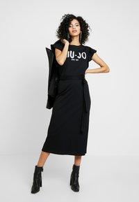 Liu Jo Jeans - ABITO UNITA - Vestito di maglina - nero/bianco - 1