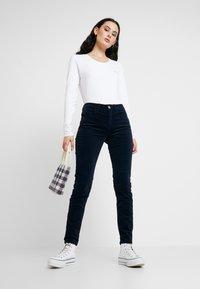 Liu Jo Jeans - BASICA - Bluzka z długim rękawem - bianco - 1