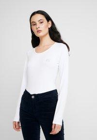 Liu Jo Jeans - BASICA - Bluzka z długim rękawem - bianco - 0