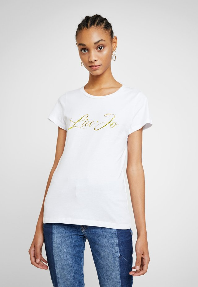 MODA - T-shirt z nadrukiem - white