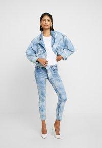 Liu Jo Jeans - T-shirts med print - bianco ottico - 1