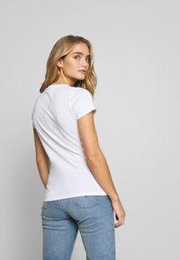 Liu Jo Jeans - MODA - T-shirts med print - white - 2