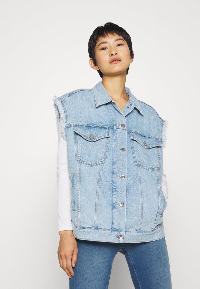 GILET PATCH - Vest - blue istant wash