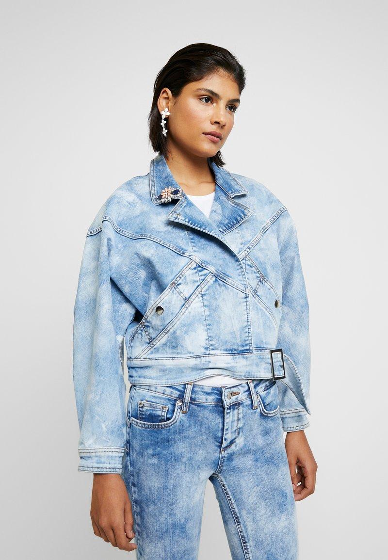 Liu Jo Jeans - GIUBBINO WRAP - Denim jacket - blue contrast
