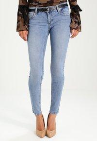 Liu Jo Jeans - BOTTOM UP DIVINE - Jeans Skinny -  denim blue - 0