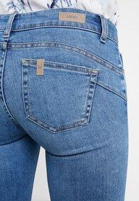 Liu Jo Jeans - FABULOUS - Vaqueros pitillo - denim blue super wash - 3