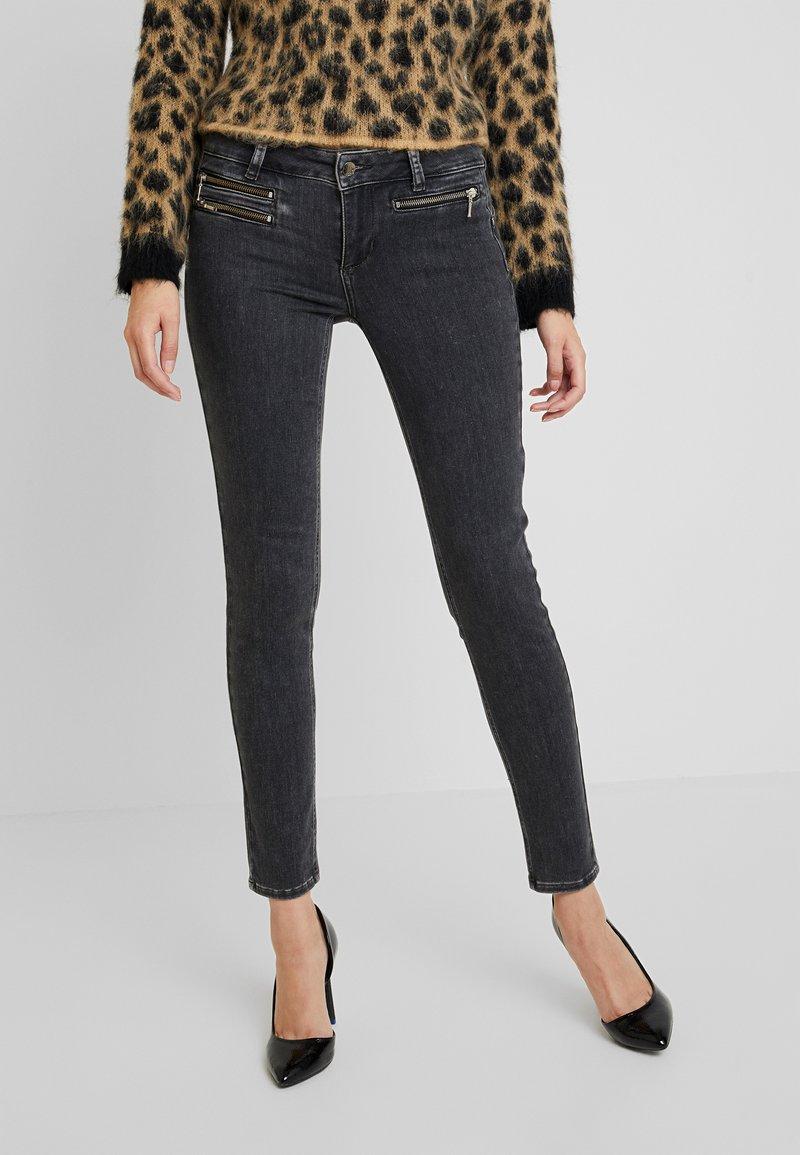 Liu Jo Jeans - CHARMING - Skinny džíny - grey impressiv