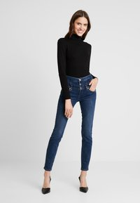 Liu Jo Jeans - RAMPY HIGH WAIST - Vaqueros slim fit - blue event wash - 1