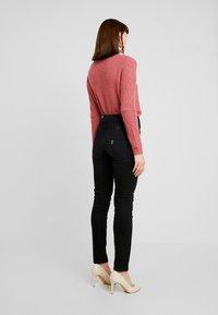 Liu Jo Jeans - RAMPY HIGH WAIST - Slim fit jeans - black - 2