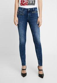 Liu Jo Jeans - CHARMING - Skinny-Farkut - dark-blue denim - 0