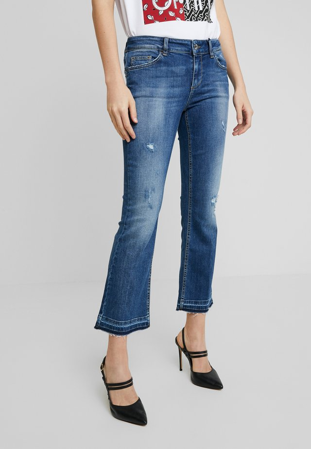 UP GLAM REG - Jeans Bootcut - ground wash