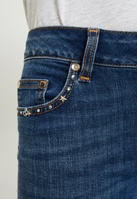 Liu Jo Jeans - DIVINE - Jeans Skinny Fit - explosion wash - 3