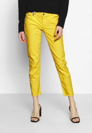 NEW IDEAL - Jeans Skinny Fit - lemon drop
