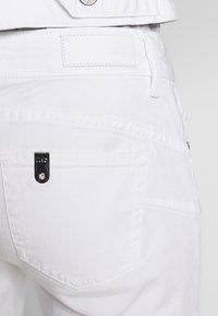 Liu Jo Jeans - NEW IDEAL - Jeans Skinny Fit - bianco ottico - 3